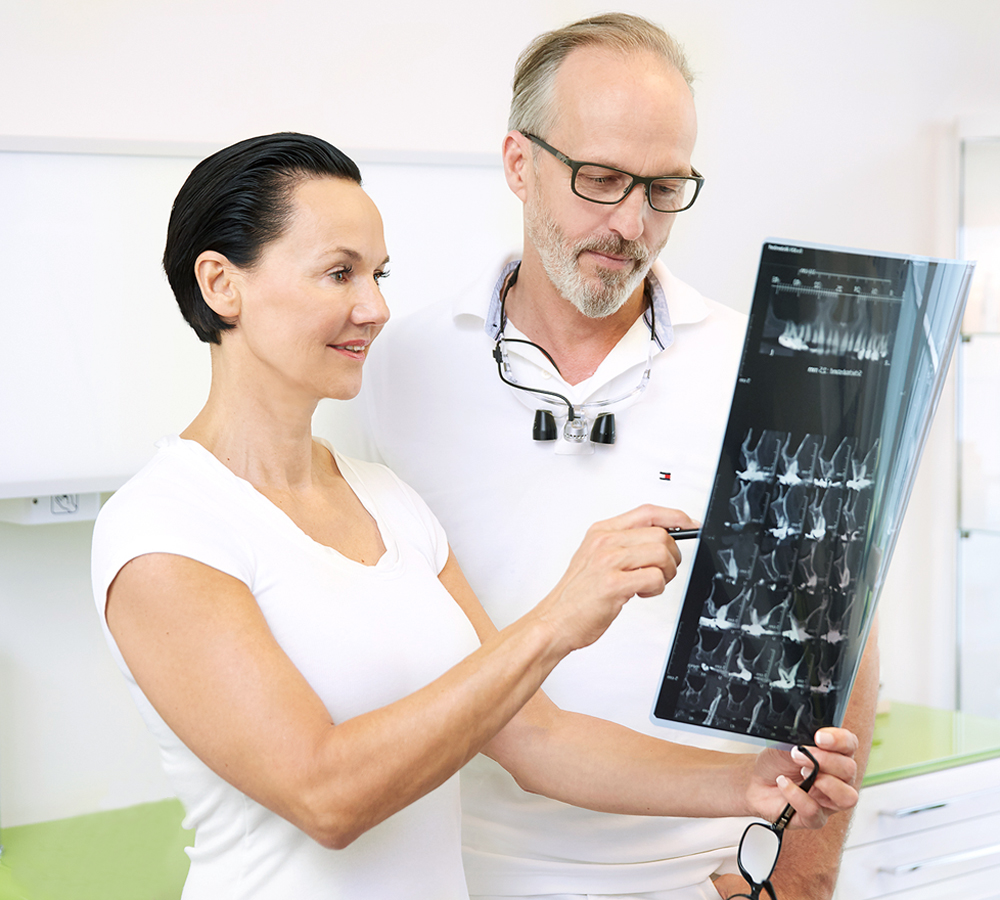 Keramikimplantat-Hamburg-All-In-One-Oralchirurgie-gr