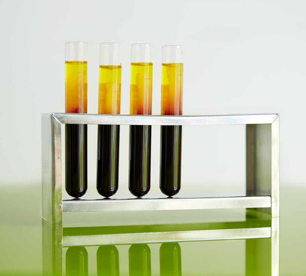 Keramikimplantat-Hamburg-Knochenaufbau-1-Oralchirurgie-gr